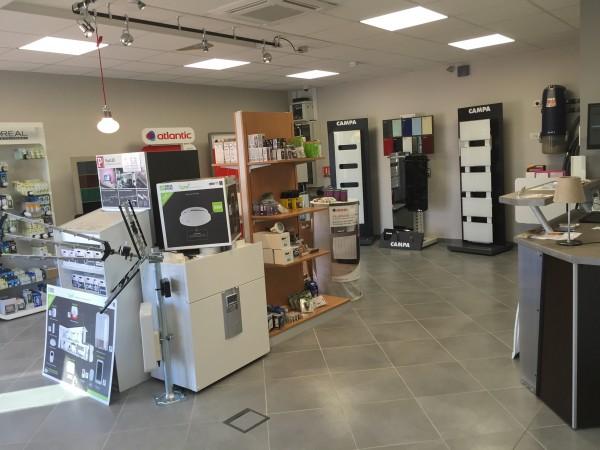 Découvrez la gamme domotique de la société Hatterer électricité dans un show room sur Langres